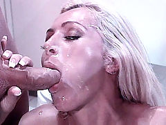 Sexy submissive Lisa receives pleasurable pussy slobbering from her Master and gets glazed all over